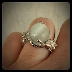 Rare Mystical Cats Eye Gimmel Silver Ring. Size 8